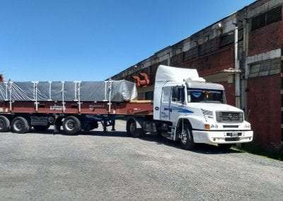 Camion Mercedes lateral completo
